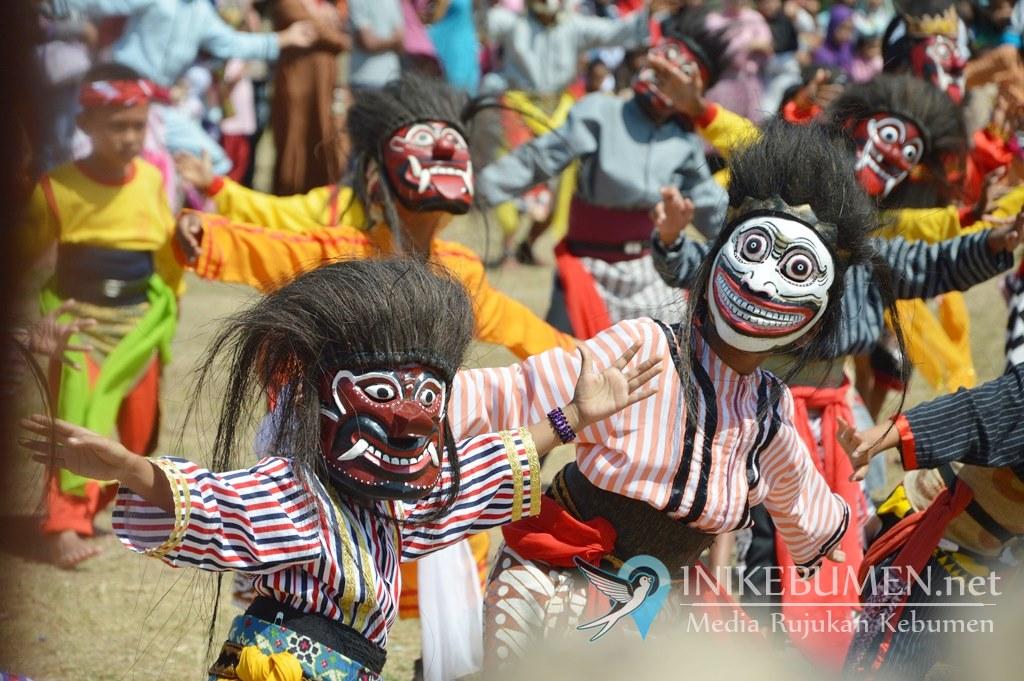 Empat Kecamatan di Kebumen Ditetapkan sebagai Kawasan Anyaman Pandan dan Kampung Batik