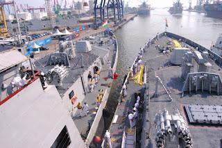 Kapal Perang AL India