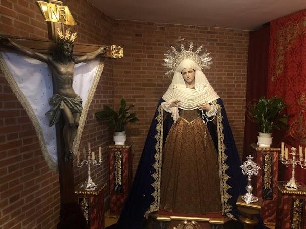El Cristo del Arroz 'sale de su ermita' de la Fuente de la Peña