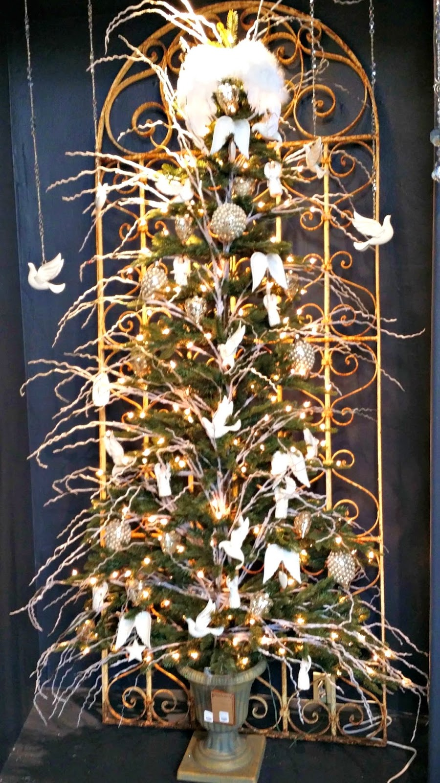 decorate a christmas wall tree