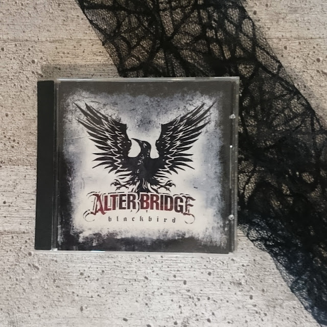 [Music Monday] Alter Bridge - Blackbird
