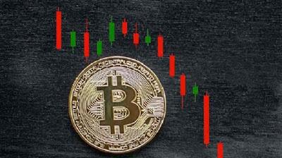 Курс биткоина «сходил» на $12 000 вниз и вверх за 15 часов
