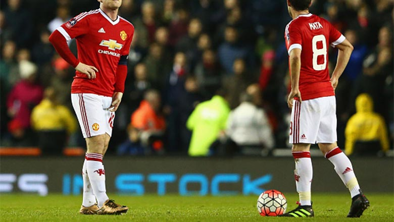 c9f813d8974 sweden manchester uniteds juan mata tonight became the first player to wear  the second colorway of