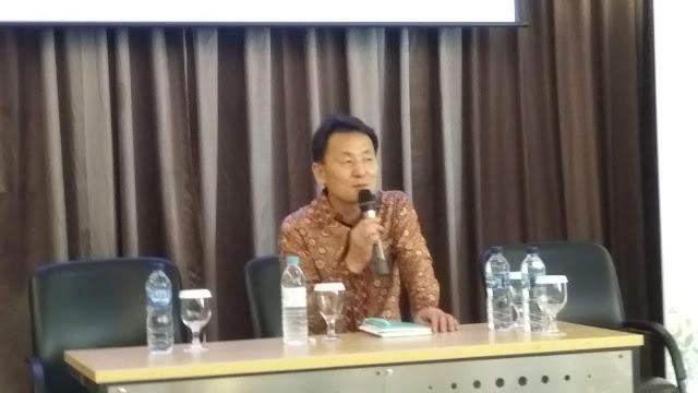 Penyair Kong Kwang-Kyu  (dok.windhu)