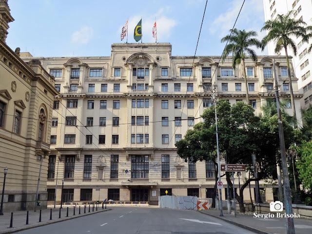 Vista ampla do Edifício Ermírio de Moraes (Antigo Hotel Esplanada) - República - São Paulo