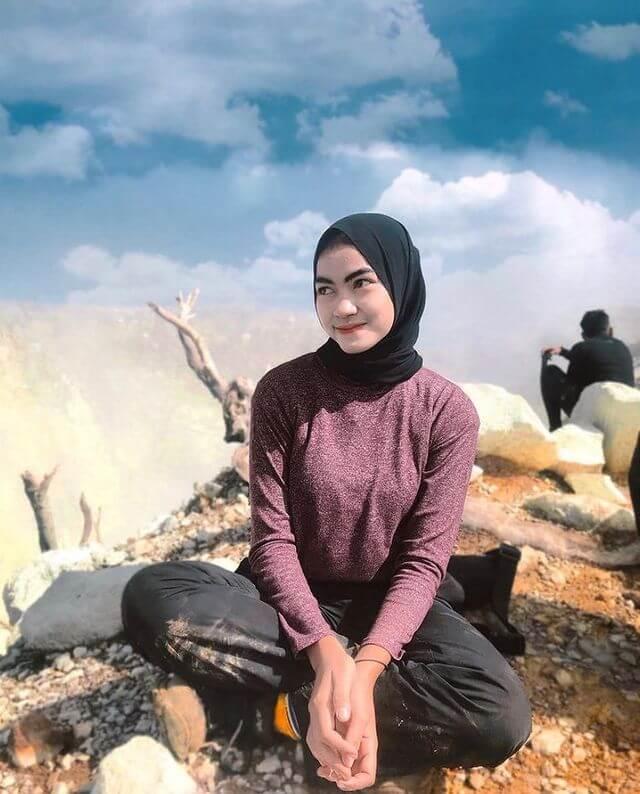 Mendaki gunung mampu membantu penyembuhan kangker payudara - foto instagram sucigayatrir