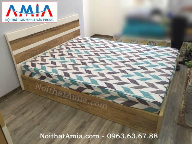giường ngủ gỗ công nghiệp giá rẻ AmiA GN12