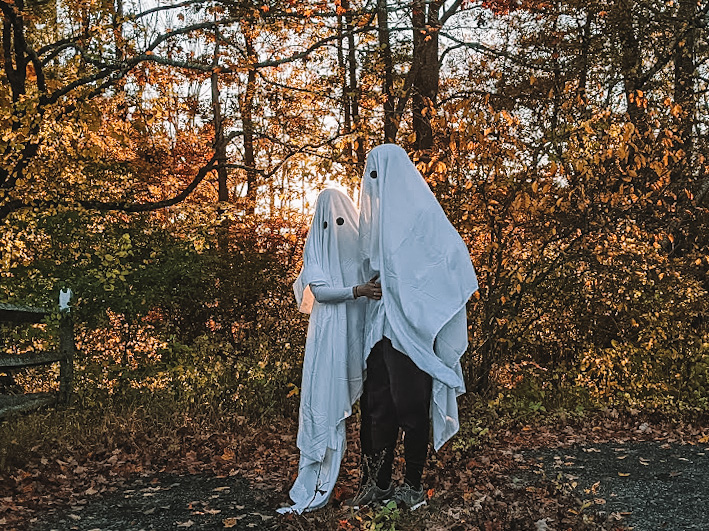 Fashion blogger Kathleen Harper's homemade ghost costume for couples.