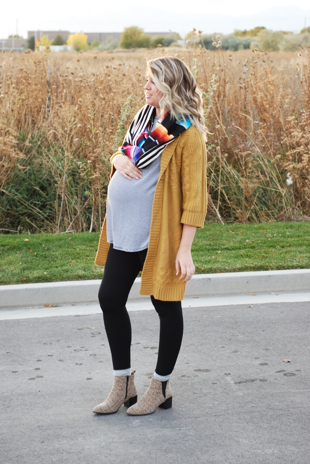 Fall Outfit, Utah Fashion Blogger, Fall Layers, Just Dawnelle Scarf