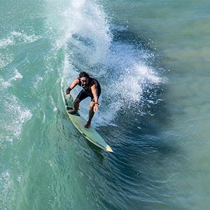 Surfskate: ¿ Ayuda a mejorar tu surf?