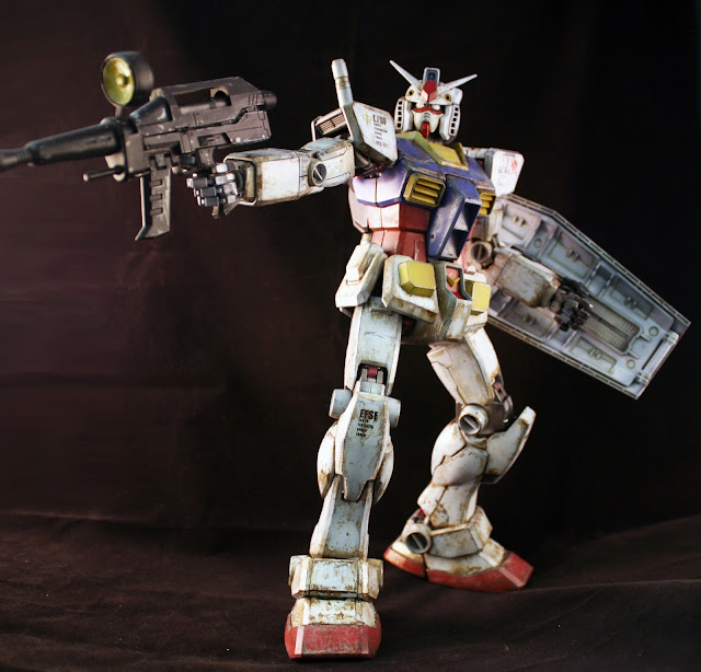 RX-78-PG-action-pose-02
