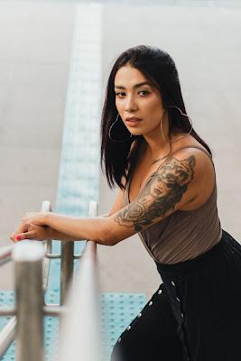 Tattoo ideas for girls, Tattoo designs for girls on hand in US 7 Labelashishkumar