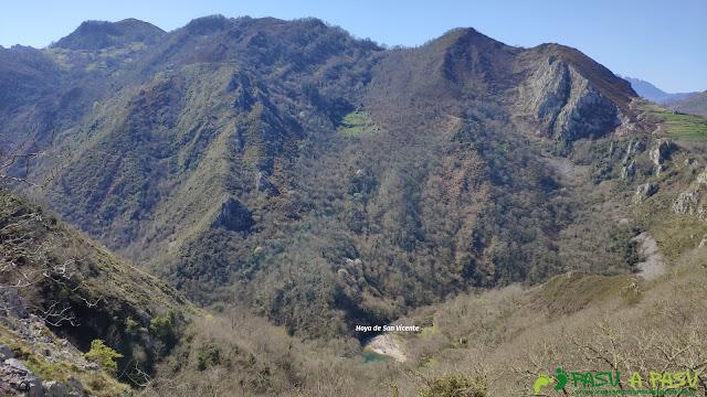 Hoya de San Vicente desde la Casa del Río la Vara