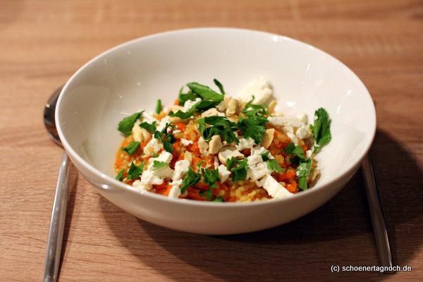 Curry-Karotten-Risotto mit Cashewkernen und Feta (Essen für Kleinkinder)