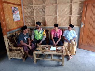Sambangi Warga Binaan, Bhabinkamtibmas Berikan Pesan Kamtibmas dan sosialisasi Kampung Sehat II