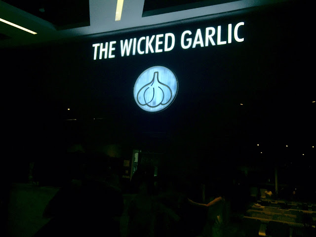 the wicked garlic review singapore orchard cineleisure