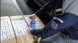 Peste 71.200 de țigarete, ascunse într-un autocamion, descoperite la P.T.F. Calafat