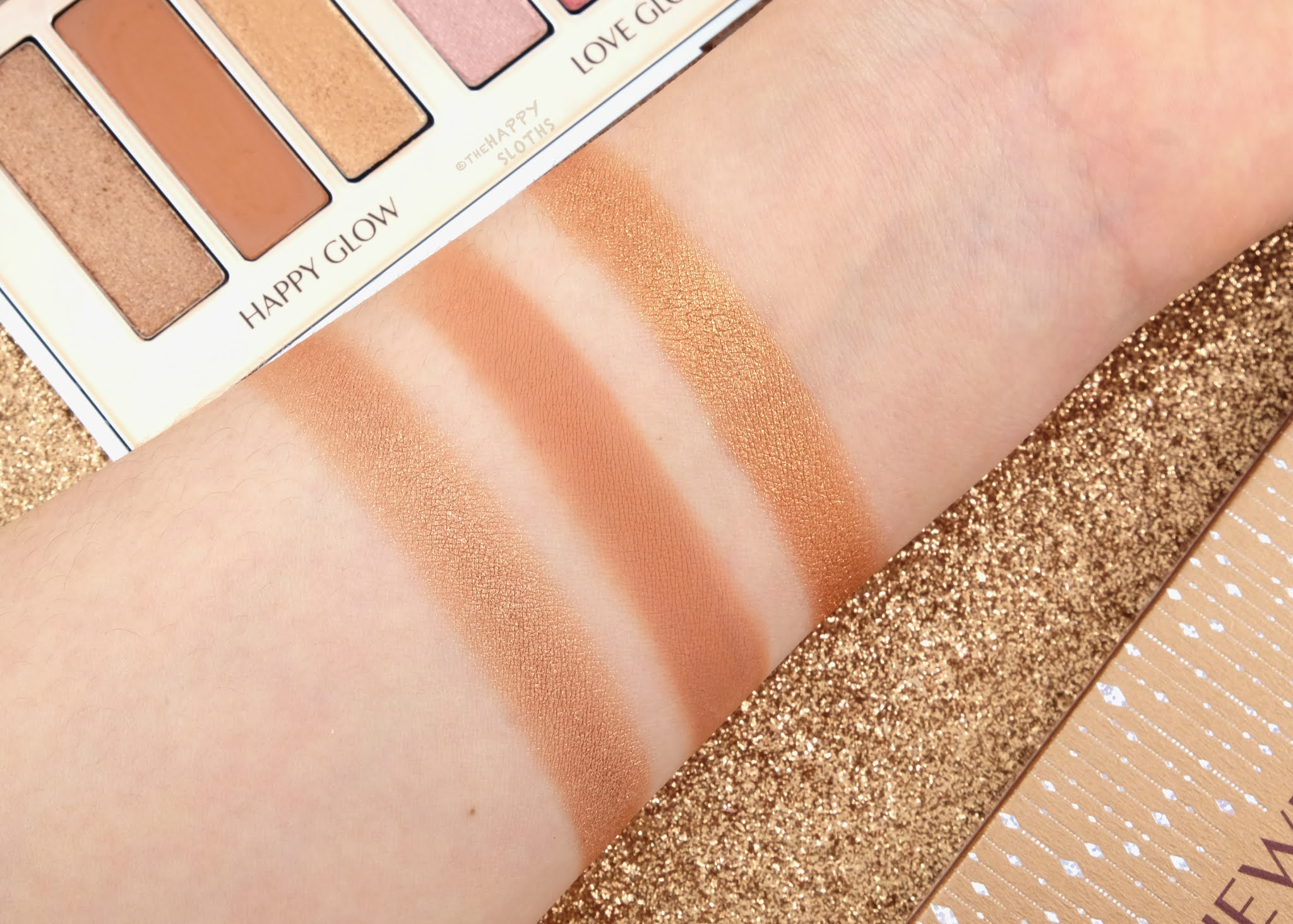 Charlotte Tilbury   Holiday 2020 Instant Eye Palette Bejewelled Eyes to Hypnotise: Review and Swatches