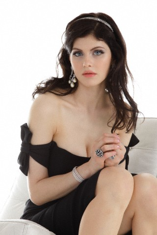 Alexandra Daddario Hot Stills