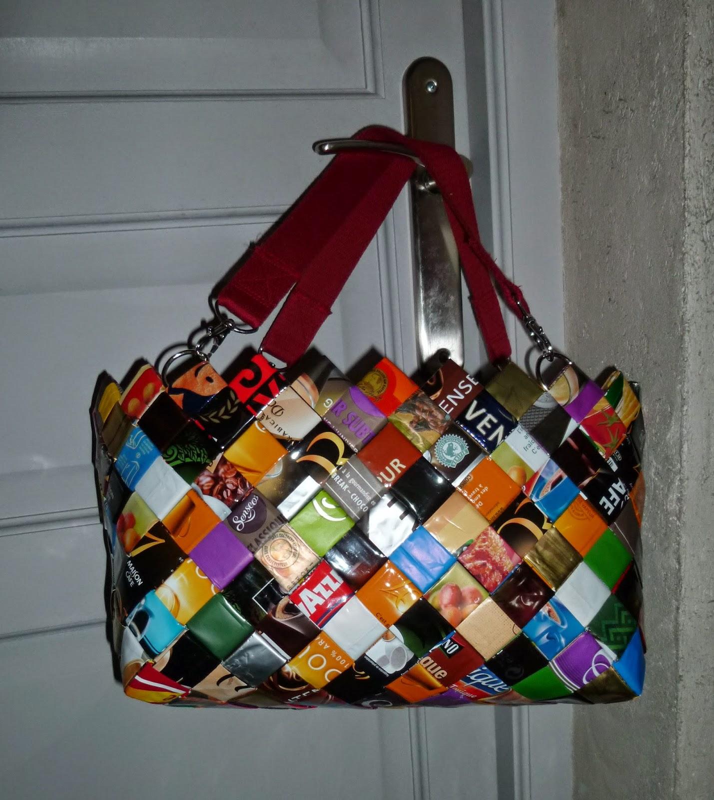 longchamp bricole sac cabas color avec des emballages de r cup caf chips. Black Bedroom Furniture Sets. Home Design Ideas