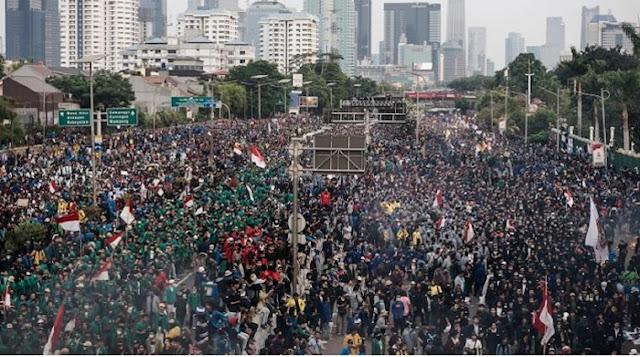 Media Asing Soroti Demo RUU KUHP dan UU KPK, Kredibilitas Jokowi Disebut Terancam