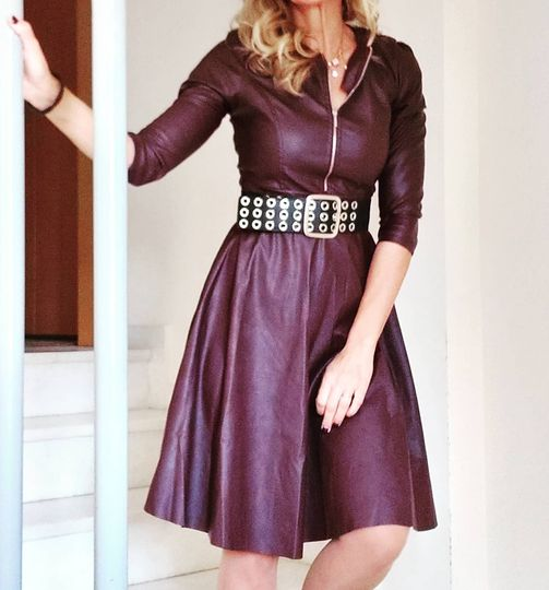Leather midi dress σε μπορντώ και μαύρο