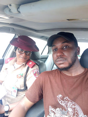 Enugu guy intentionally breaks traffic law just so he can meet hot FRSC officer (photos)