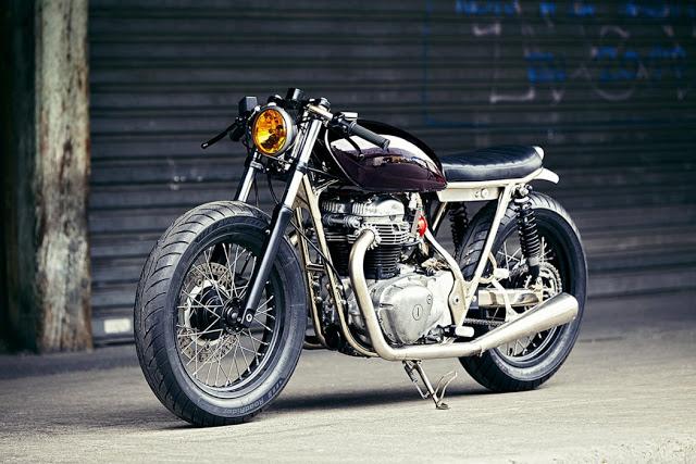 Kawasaki W650 độ Cafe Racer