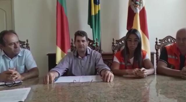 PREFEITO PAULINHO FALA SOBRE A FALTA DE ÁGUA NO INTERIOR DO MUNICÍPIO
