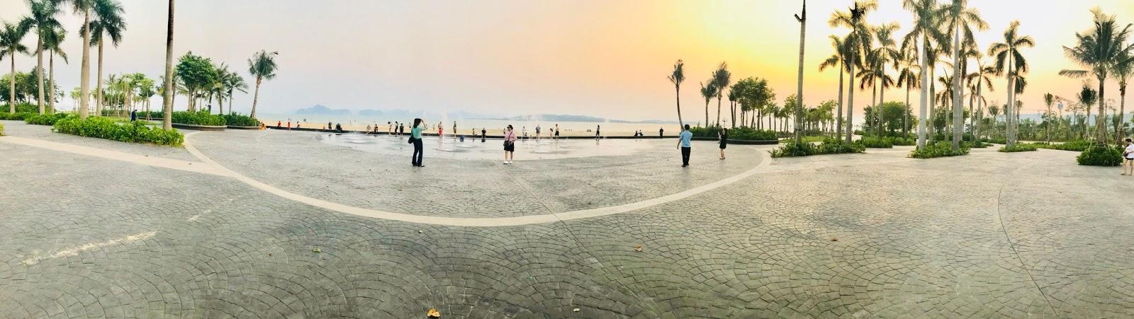 Khu quảng trường biển