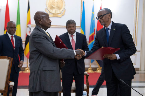 Rwanda and Uganda warm up to each other