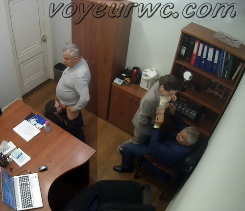 Secretary blows her boss cock in the office - SpyCam (Office sex 02)
