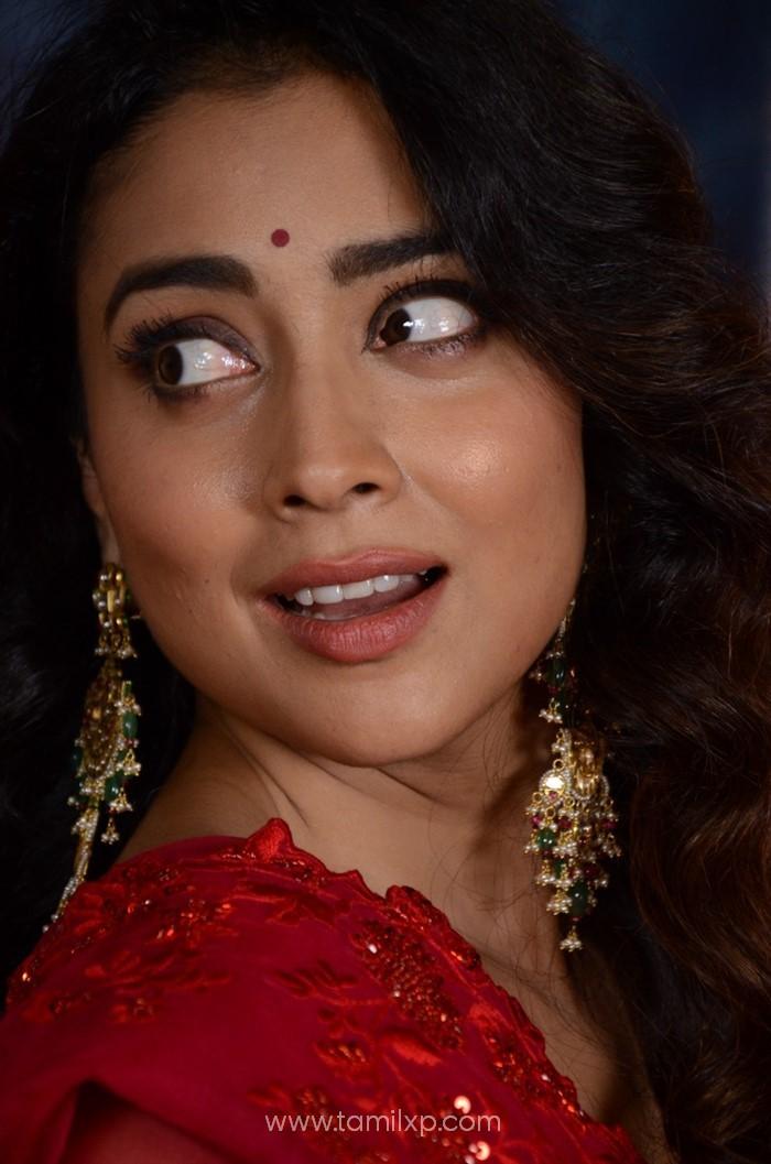 Telugu Actress Shriya Saran