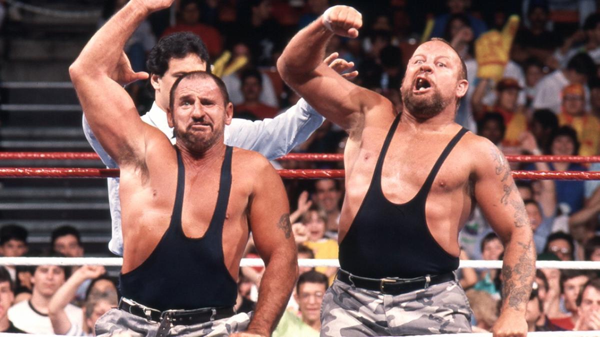 Por que os Bushwhackers nunca foram WWE Tag Team Champions?