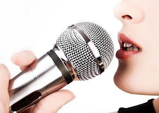 معنى الغناء في حلم المتزوجة