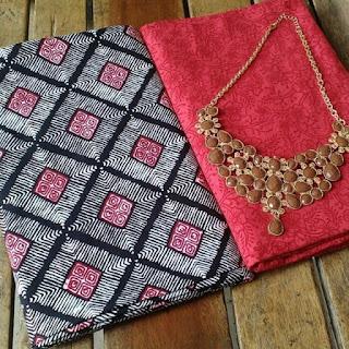 Kain Batik dan Embos 482 Merah