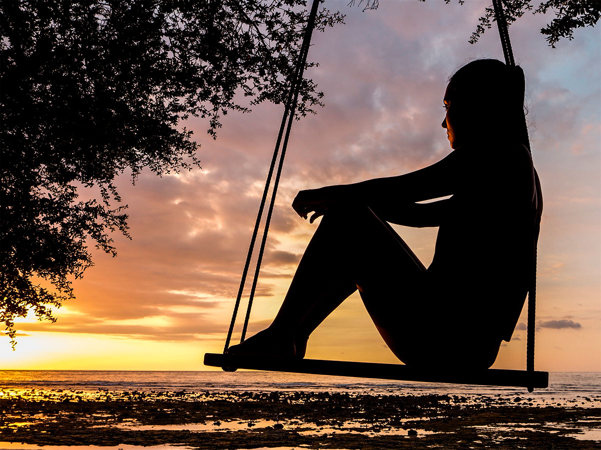 Solidão e solitude: cuida de você como realmente merece. Por Luanna Silva