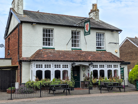 The Red Lion, Breachwood Green - the start and finish point
