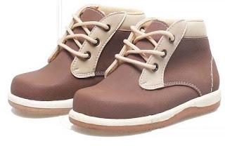 Sepatu Anak Laki-Laki Model Bertali BHN 441