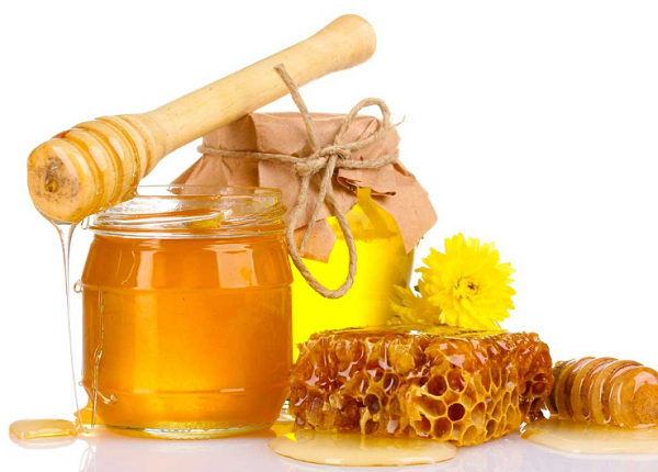 What are the uses and benefits of beeswax ?