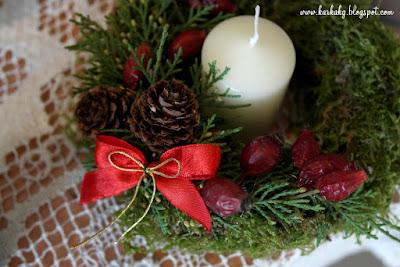 Dekoracje Bożonarodzeniowe- wianek z mchu