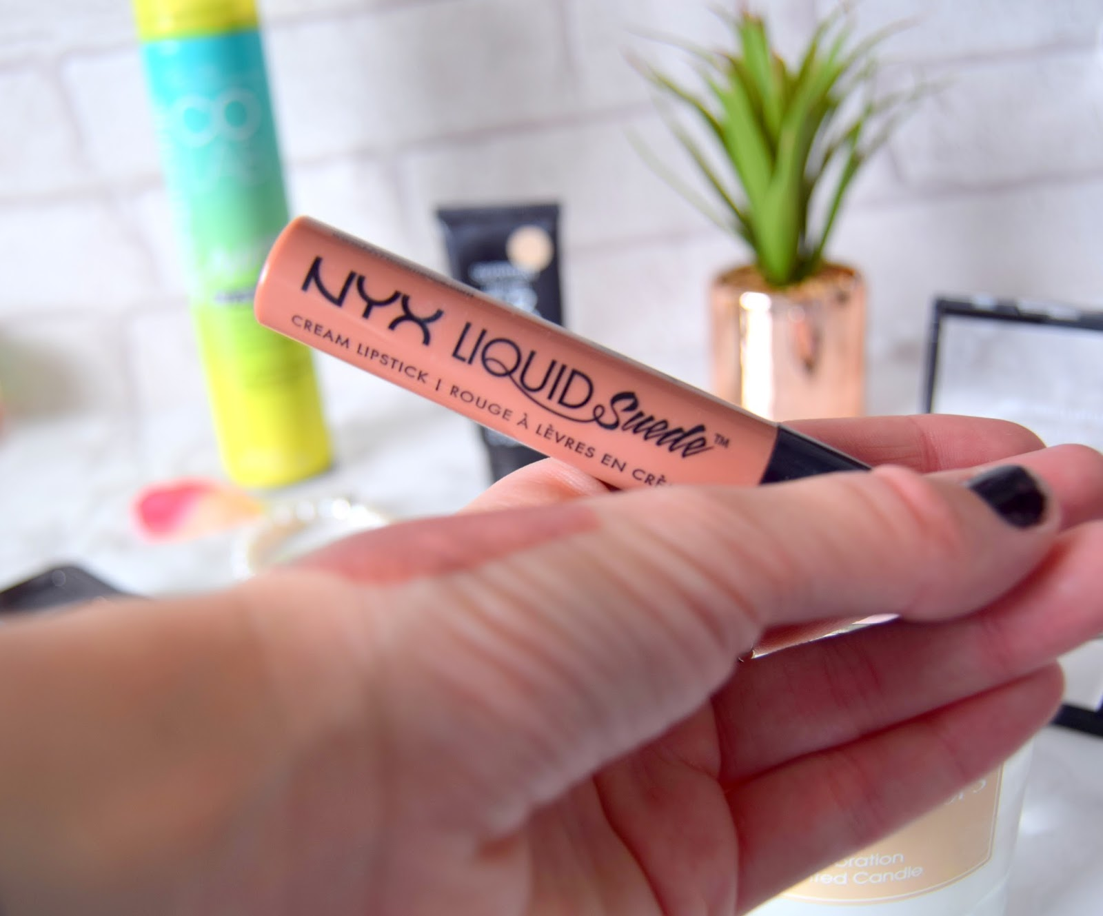 NYX Liquid Suede Cream Lipstick in 07 Sandstorm
