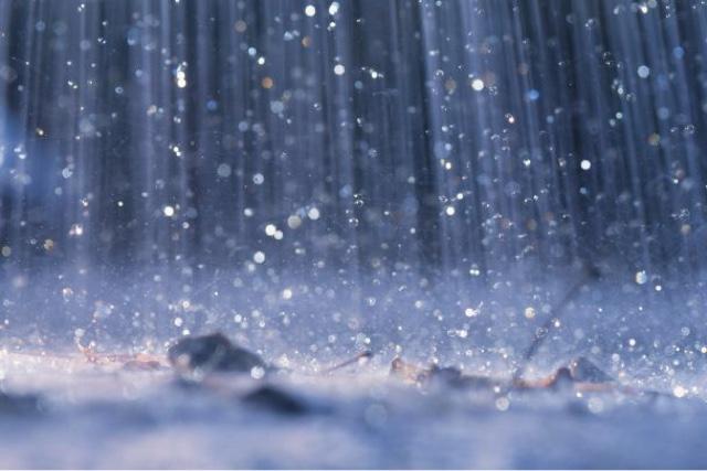 ماء المطر,فوائد ماء المطر,المطر,فوائد,ماء,فوائد شرب ماء المطر,ماء المطر لفك السحر,علاج,وصفة,فوائد ماء المطر للوجه,معلومات,بماء المطر
