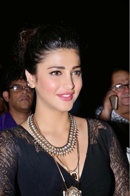 Shruti Haasan Hot image