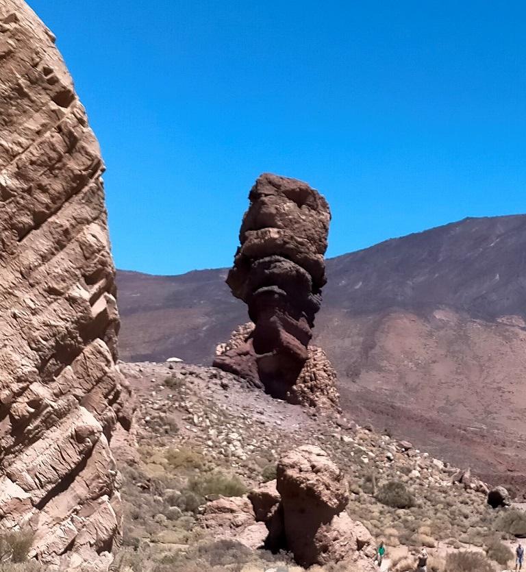 roque-cinchado-que-ver-parque-nacional-teide