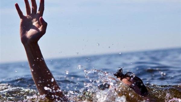 مصرع طفل غرقًا بترعة في البحيرة
