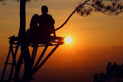 sunset di puncak becici