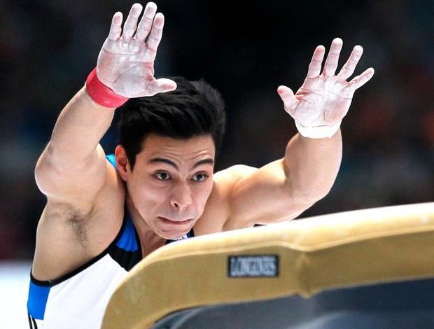 Em 2013 Sérgio Sasaki se prepara para salto