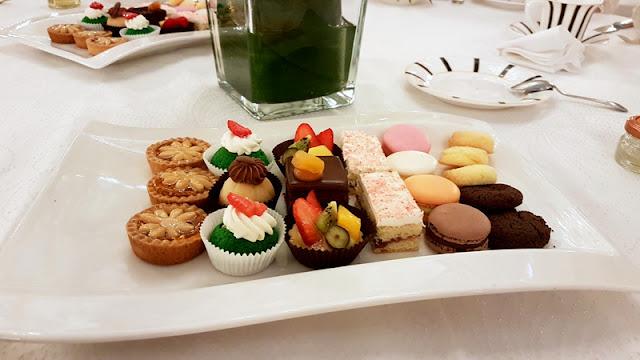 vitae essentia lolita fashion tea party auris lothol