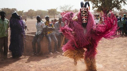 التقاليد الإفريقية الأصيلة